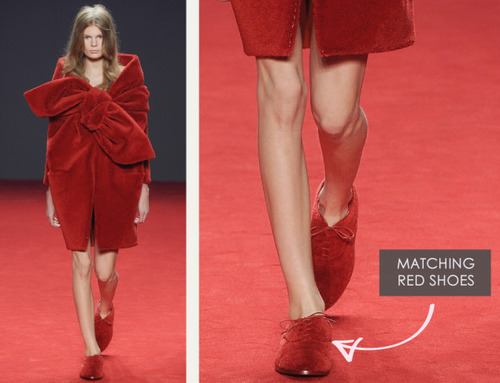 Big Red Carpet Bows at Viktor and Rolf | The Cutting Class. Viktor and Rolf, Haute Couture, AW14, Paris, Image 11.