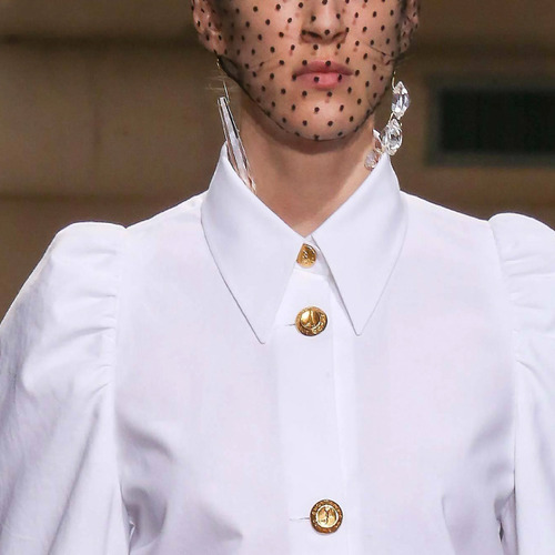 Design and Construction Details from Margiela | The Cutting Class. Maison Martin Margiela, Couture, AW14, Paris. Clean white shirt.