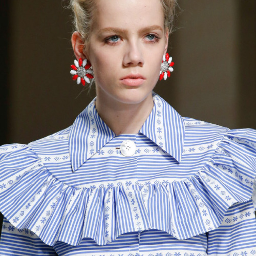 Clashing Patterns and Collar Details at Miu Miu | The Cutting Class. Miu Miu, AW15, Paris.