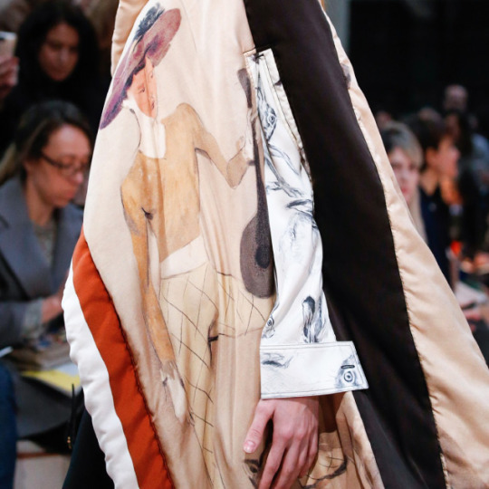 Nonchalant Construction Details at Céline | The Cutting Class. Céline, AW15, Paris, Image 14. Print details on fabric.
