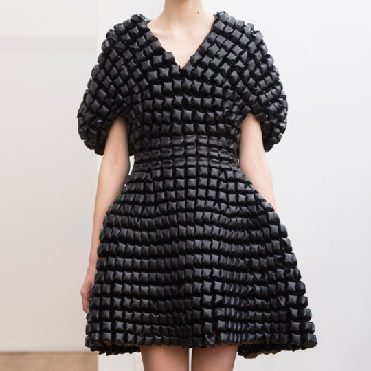 Smocking, Macramé and Modular Patterns at Noir Kei Ninomiya | The Cutting Class. noir kei ninomiya, AW15, Paris.