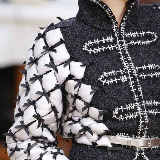 Fabric Manipulations at Chanel. Chanel, AW15, Paris.