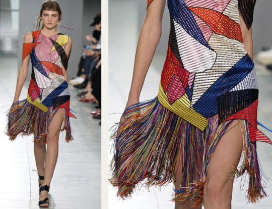 Graphic Movement at Christopher Kane | The Cutting Class. Christopher Kane, SS16, London, Image 19. Multicoloured panels with fringing.