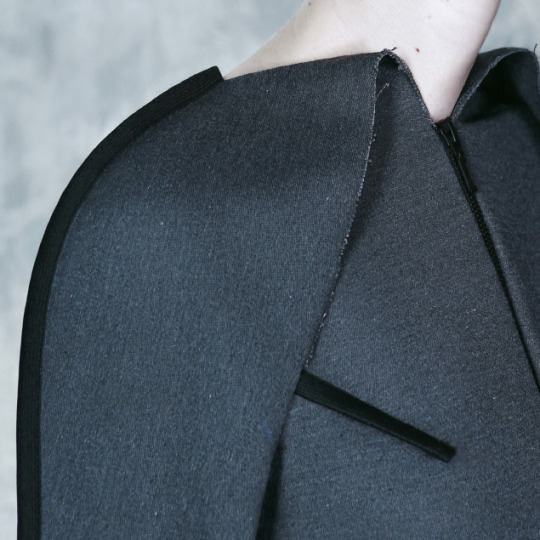"Wearable Architecture at DZHUS | The Cutting Class. DZHUS, ""Totalitarium"", AW15, Kiev, Image 16. Trim inserted into seams and darts."