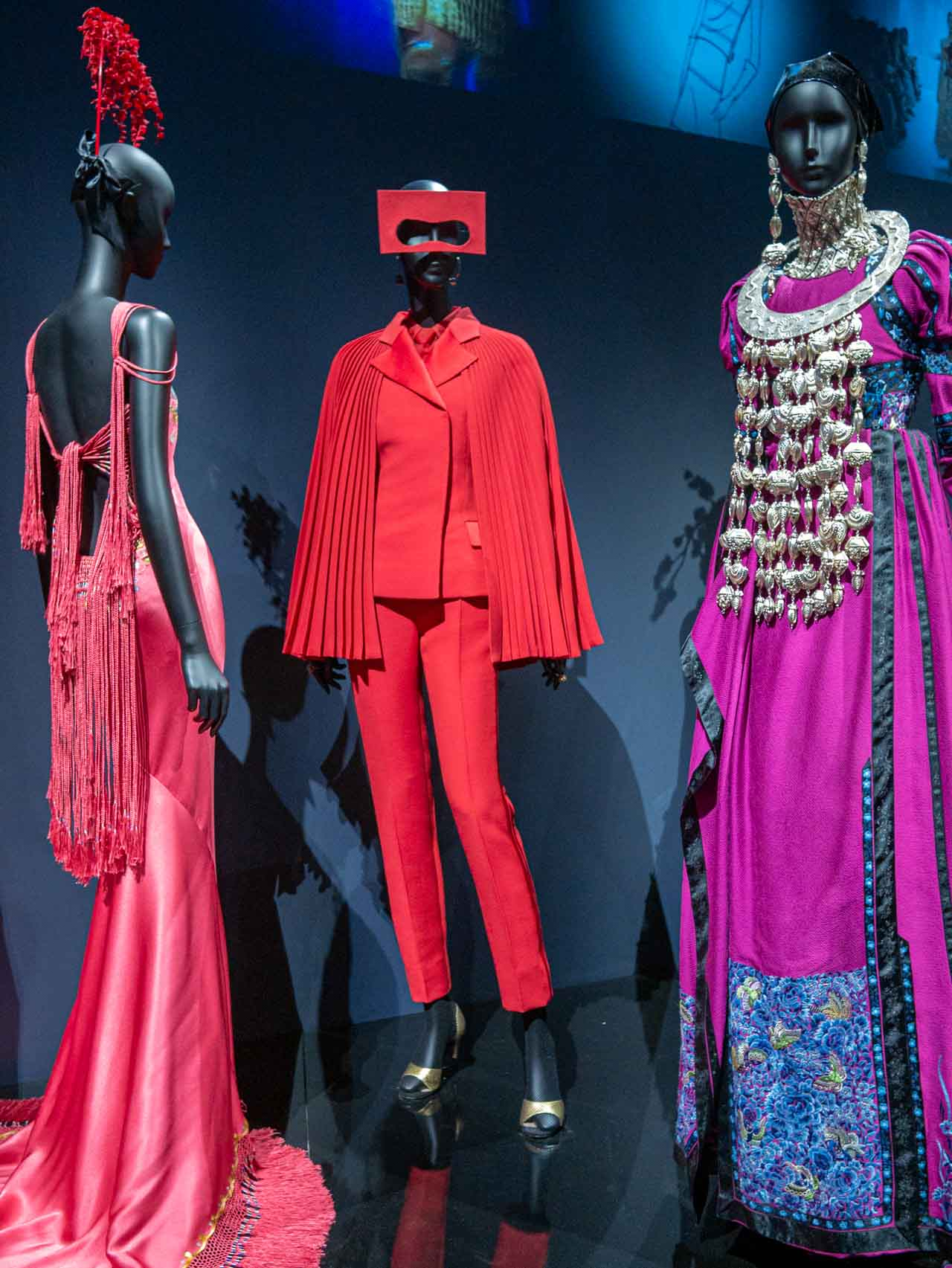 Red Amour Soleil ensemble designed by Maria Grazia Chiuri for Christian Dior, Haute Couture, Spring-Summer 2018. Taken at the V&A exhibition © The Cutting Class, 2019.