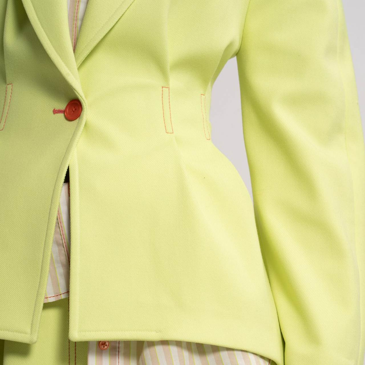 Sies Marjan Jacket Details | The Cutting Class. Detail of Haru Twill Waisted Jacket from AW19.